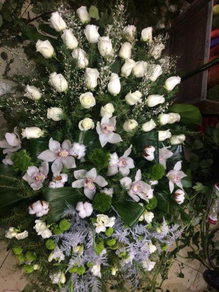 Венки из живых цветов в Тамбове, ритуальные услуги